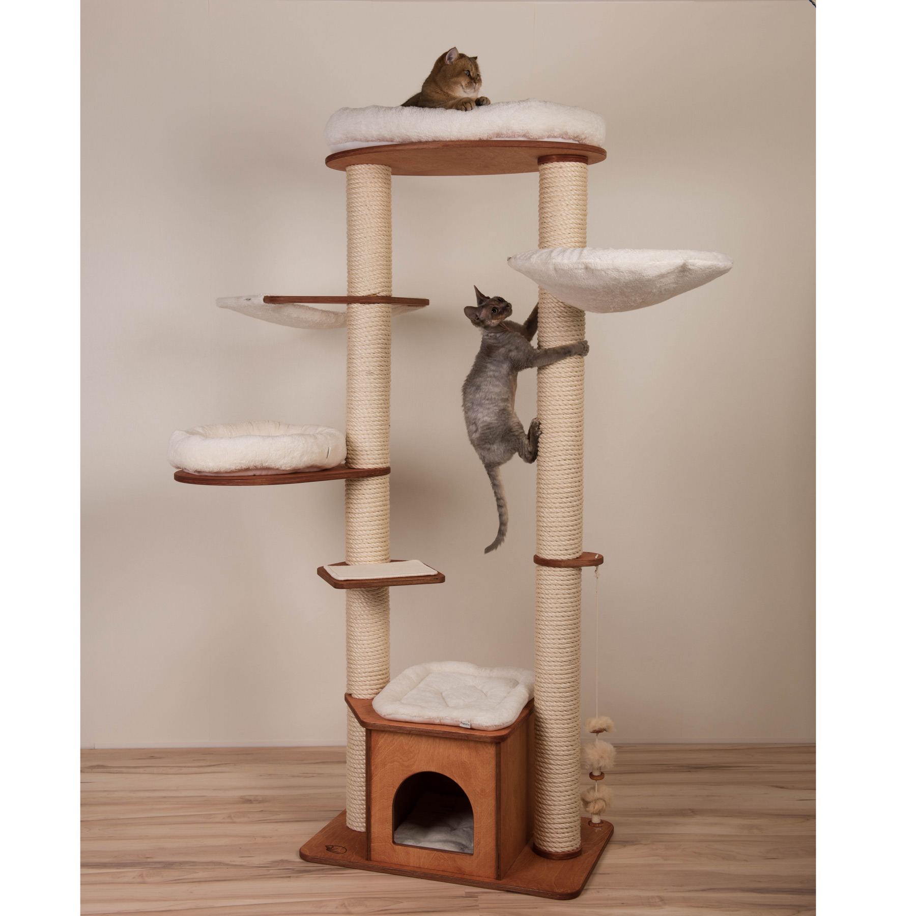 Scratching tree model Jette with long sisal column