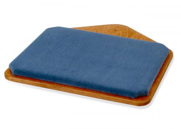 Liegeebene LE1, Holzfarbe Kirsche, Bezug Teppich Enzianblau